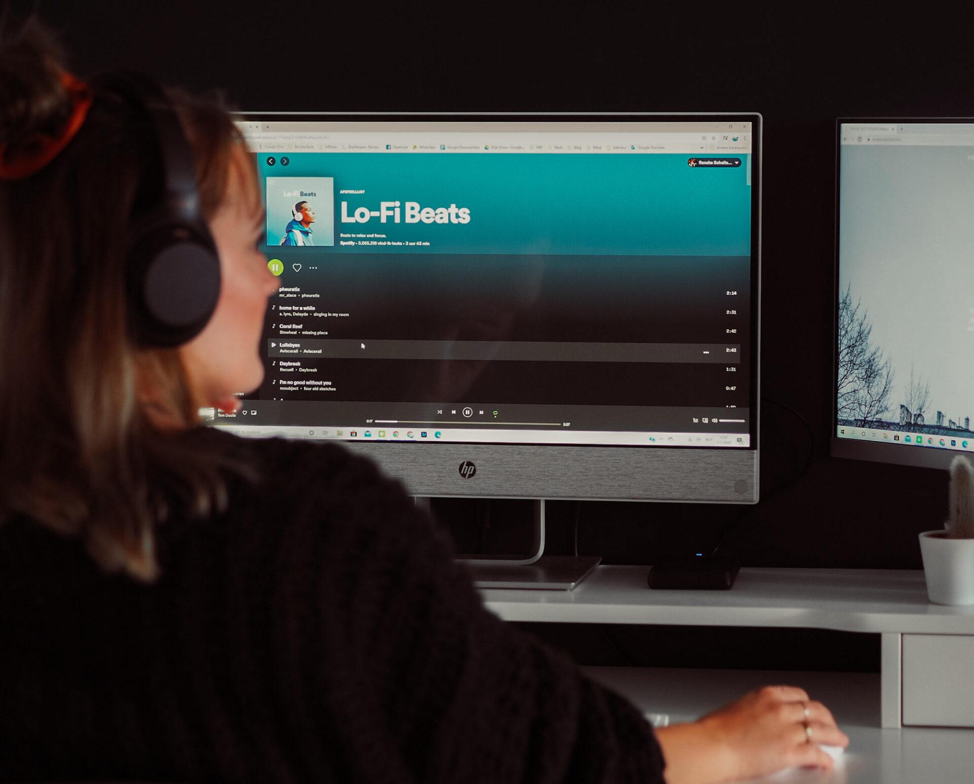 Spotify Muziek Noice Cancelling headphone thuiswerken digital nomad